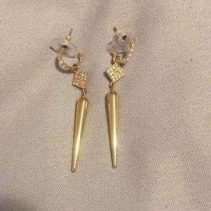 Stella and dot gold Bianca drop earrings